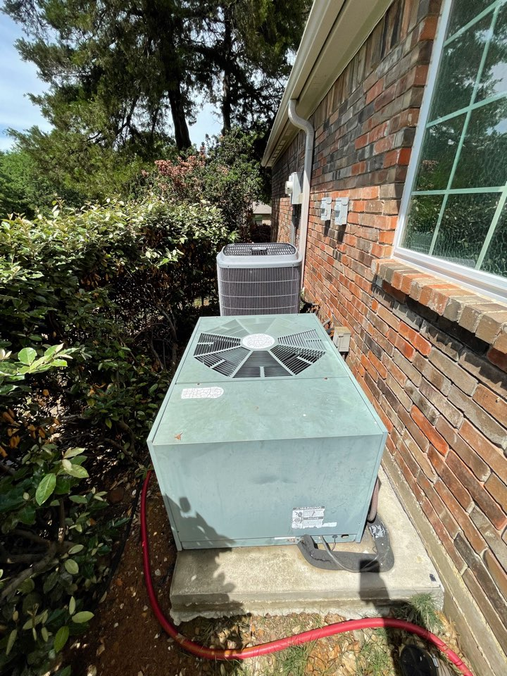 Highland Village, TX - CARRIER and RHEEM air conditioning maintenance
