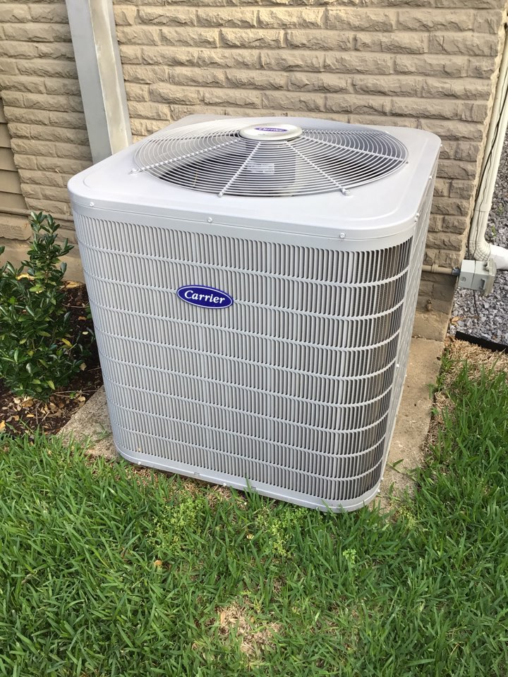 Dallas, TX - Performing a cooling tune up on one Carrier system