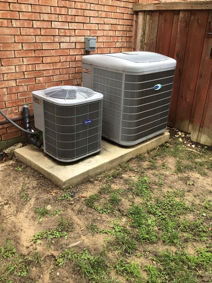 Coppell, TX - Performing a cooling tune up on two Carrier systems