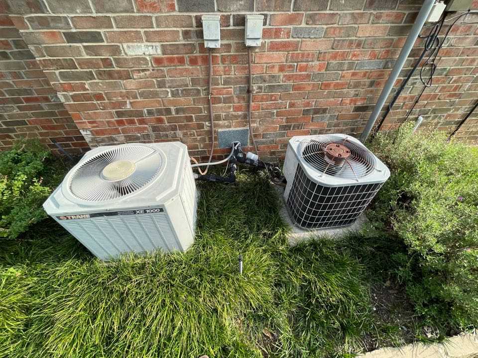 Coppell, TX - 2 AC maintenance