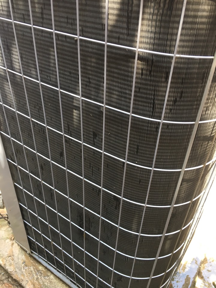 McKinney, TX - Performing an air conditioning tune up