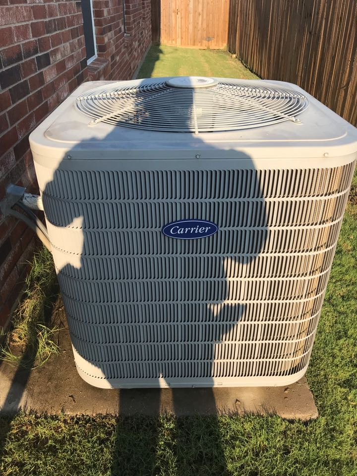Oak Point, TX - Air conditioning tuneup on a residential Carrier system