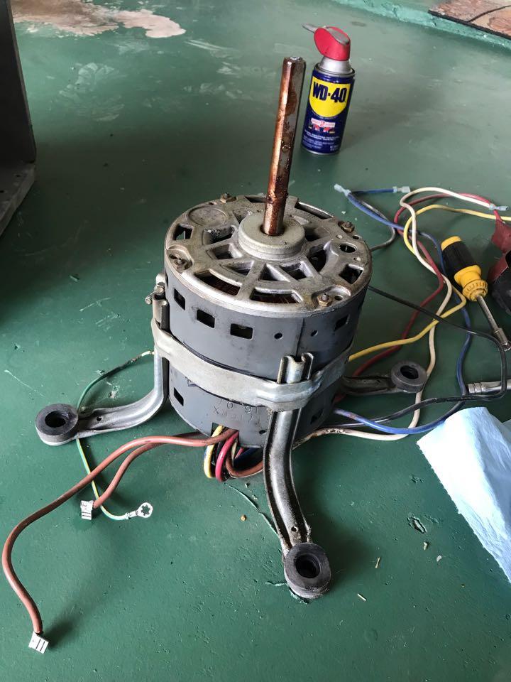 Carrollton, TX - Air conditioning service call, replacing blower motor