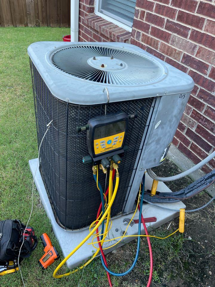 Lewisville, TX - 2 Lennox AC maintenance