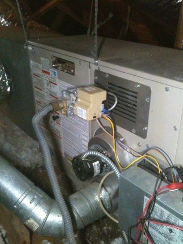 Farmers Branch, TX - Furnace Safety Check - Completing heating tune up and safety check on a 15 year old Carrier furnace.