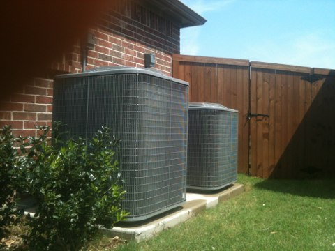 Prosper, TX - Preventive maintenance on new carrier air conditioning units, both units cooling to manufacturers specs at this time.