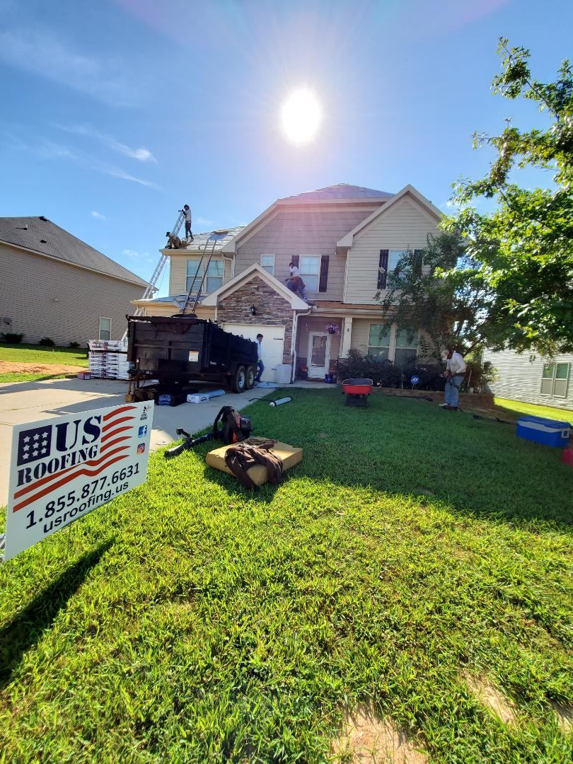Grovetown, GA - Installing a beautiful roof in Grovetown GA. USAA paid for the whole replacement of the roof due to storm in July 31st 2019. Homeowner decided to upgrade to an architectural design 30 year GAF Timberline HDZ with a 50 year warranty on materials. Call US Roofing LLC to get your free inspection and Free estimate. Financing is available