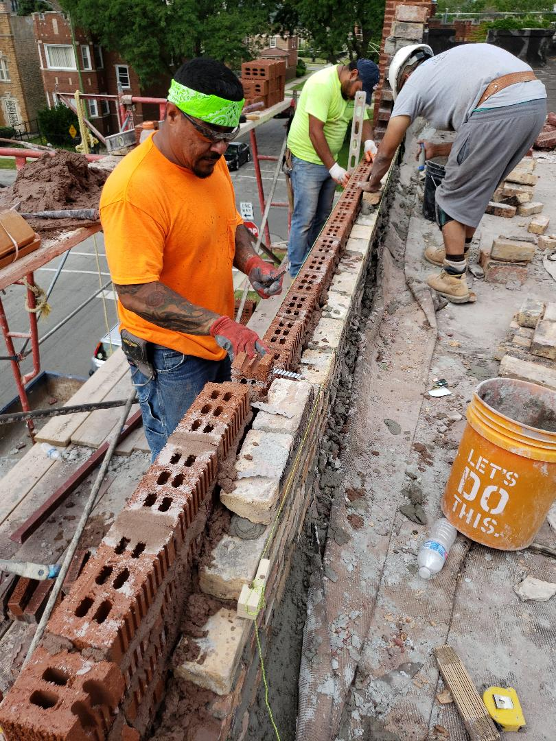 Chicago, IL - Rebuild a parapet wall in Southside of Chicago