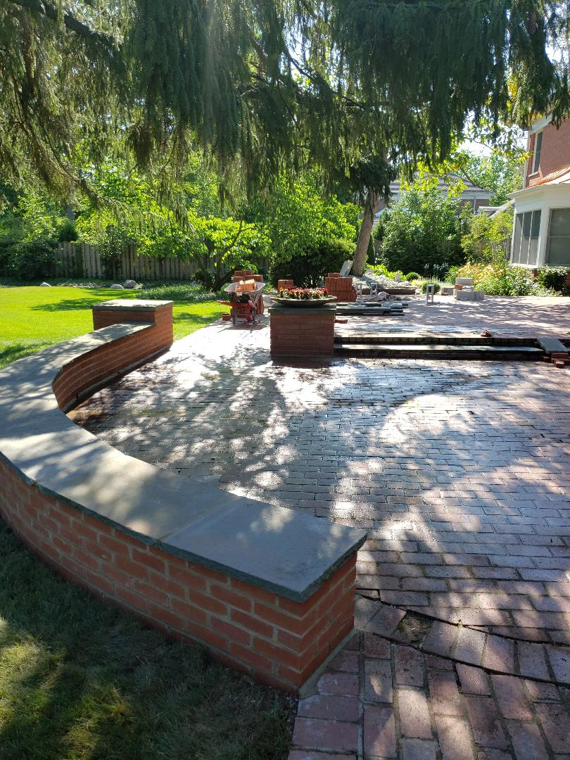Winnetka, IL - Rebuild pillars and walls for a customer in Winnetka call us for free quote