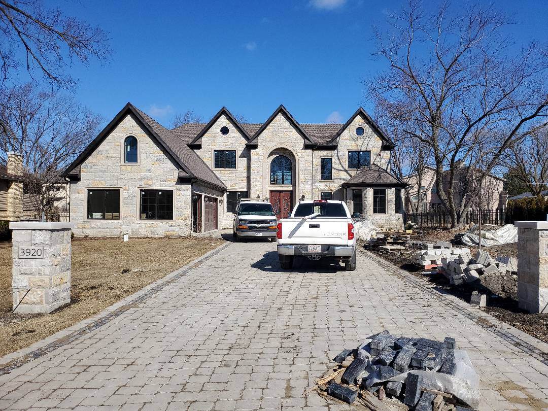 Northbrook, IL - FINISH STONE HOUSE