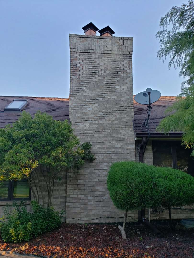 Lynwood, IL - Chimney rebuilding and tuck pointing