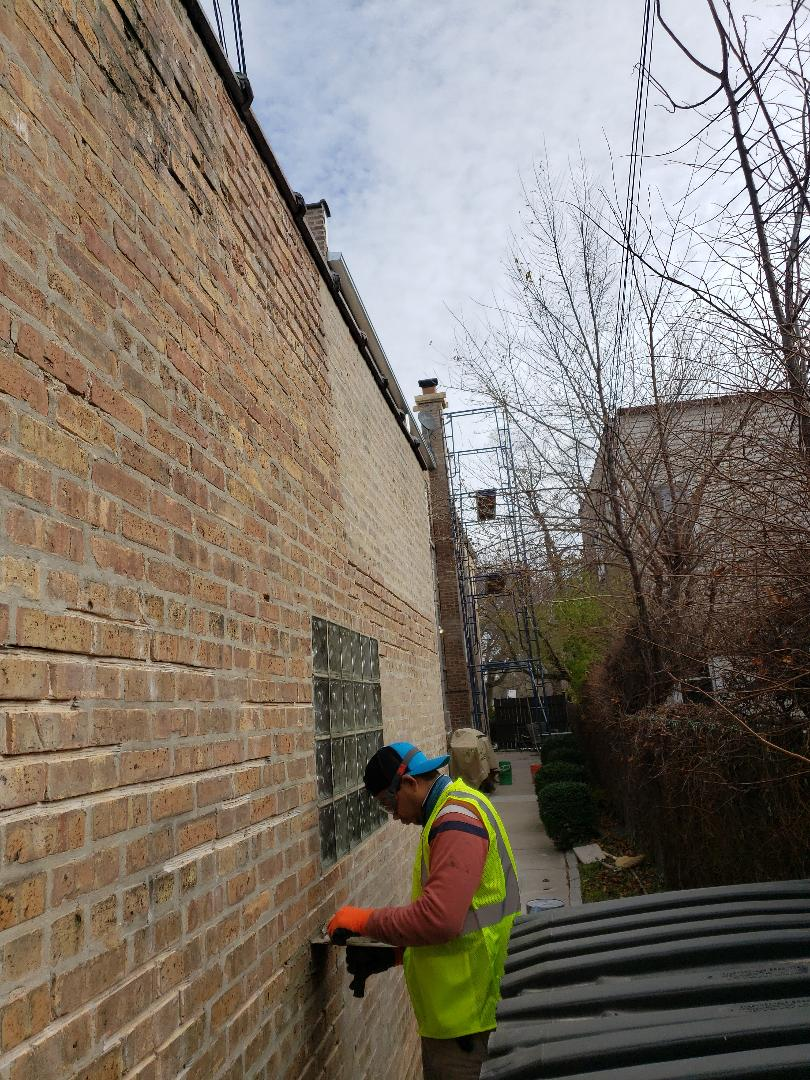 Chicago, IL - Grinding out and Tuck pointing