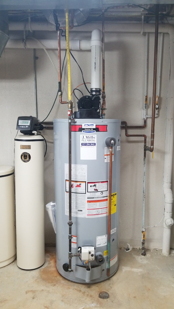Brighton, MI - Plumber needed near me Plumber with good reviews  Replace water heater Brighton  New hot water heater