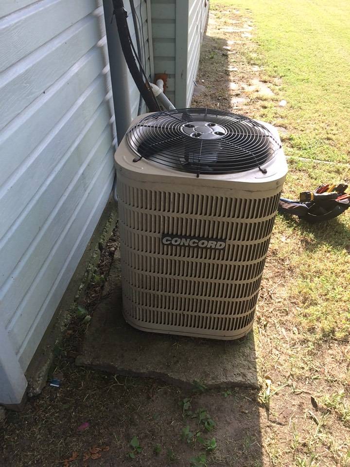 Fitzhugh, OK - AC system not cooling, ants in contractor.