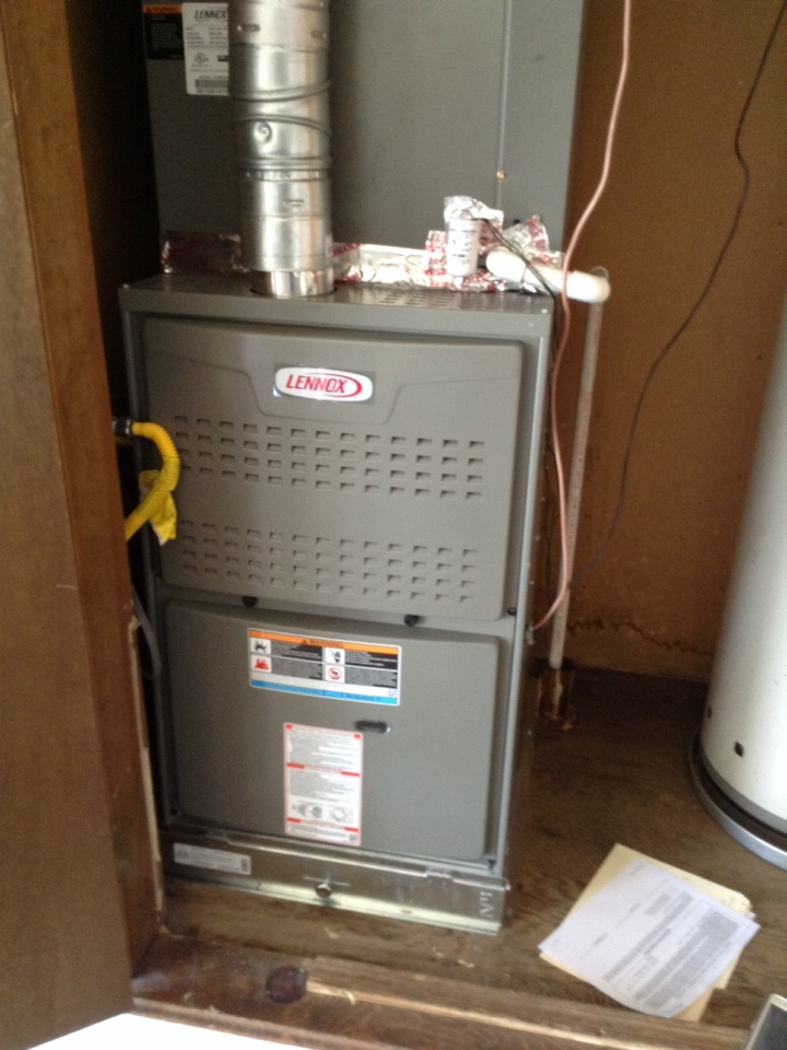 Lawton, OK - Installed a new Lennox 4 ton ac and gas furnace