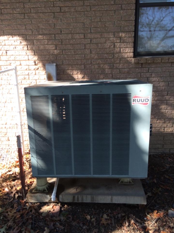 Tupelo, OK - Heat pump system not cooling near Tupelo Oklahoma