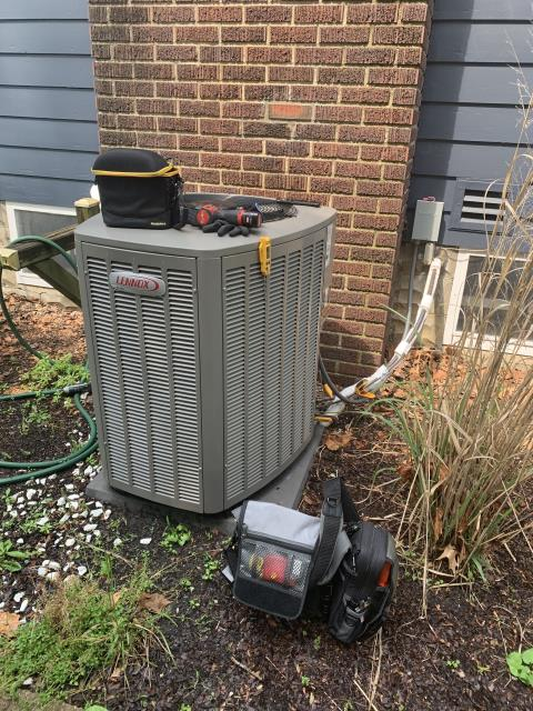 Worthington, OH - Found Lennox AC low on refrigerant, found insulation damaged and missing from suction line, condenser coil dirty. Customer is weighing her choices.