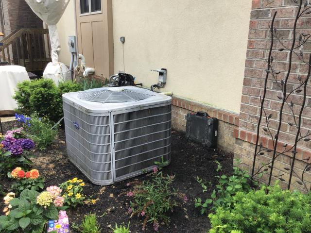 Plain City, OH - Replaced compressor motor surge capacitors. Replaced filter and now the unit is cooling properly.