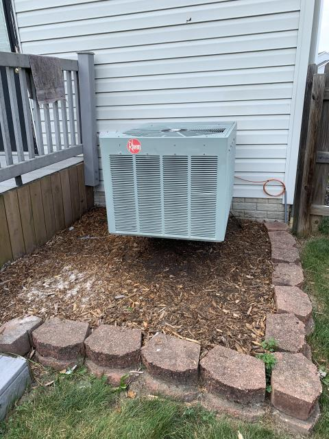 Hilliard, OH - I provided a estimate for a new Carrier 96% 100,000 BTU Gas Furnace along with a new 	Carrier 13 SEER 4 Ton Air Conditioner