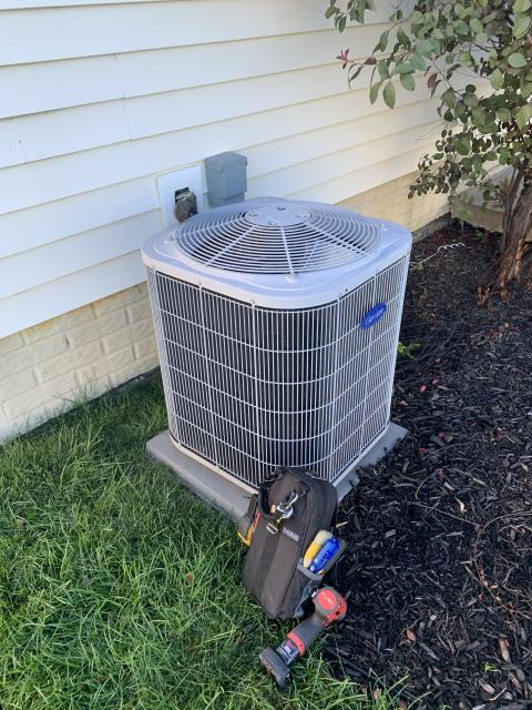 Sunbury, OH - I Replaced the Compressor-Motor Surge Capacitor on a Air Conditioner