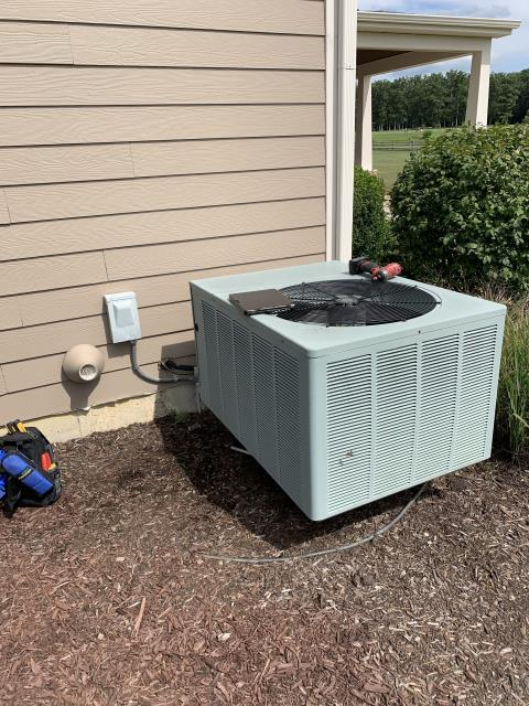 Marysville, OH - Provided estimate to install new Carrier furnace and AC to replace current Rheem system. Pictured below is The Rheem AC.
