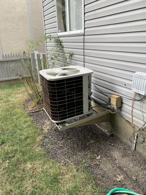 Hilliard, OH - Tuneup on Bryant AC. Found dirty filter and low refrigerant. Suggested replacement due to age and phasing out of R-22. Customer declined, is selling home.