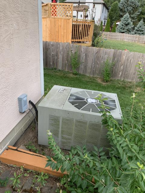 Hilliard, OH - Found condenser coil impacted with dirt and debris. Found contactor showing signs of wear carbon buildup and pitting, found system almost empty of refrigerant.