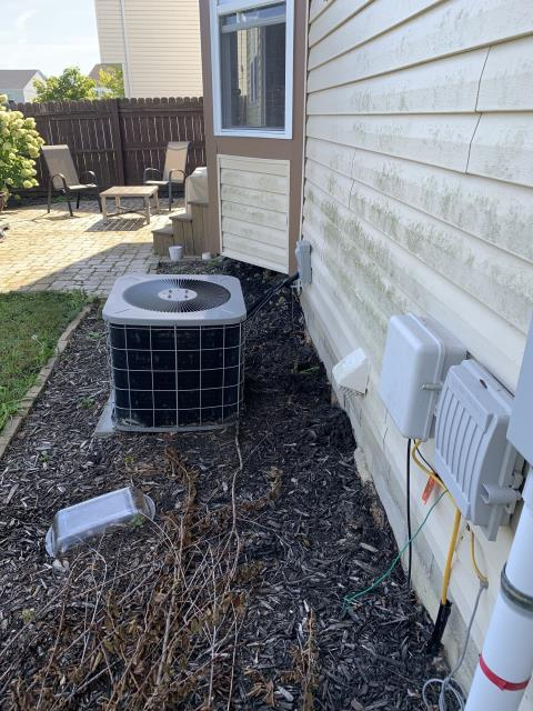 Marysville, OH - I installed a new Carrier 96% 60,000 BTU Gas Furnace--Carrier 13 SEER 2.5 Ton Air Conditioner