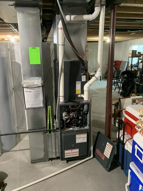 Delaware, OH - Performing our Five Star Tune-Up & Safety Check on a 2018 Goodman . All readings were within manufacturer's specifications, unit operating properly at this time.
