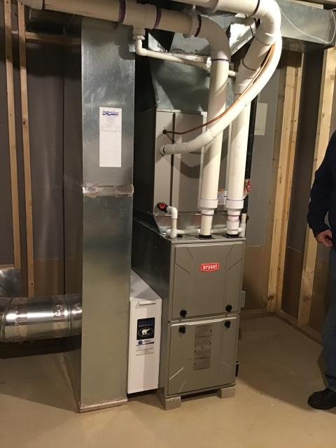 Delaware, OH - Performing our Five Star Tune-Up & Safety Check on a2017 Bryant . All readings were within manufacturer's specifications, unit operating properly at this time.