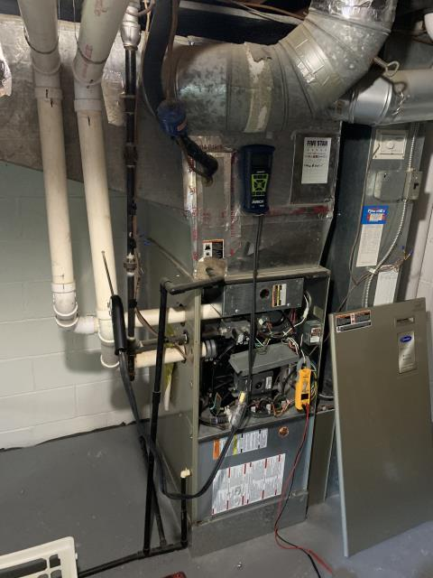 Columbus, OH - Performing our Five Star Tune-Up & Safety Check on a  2008 Carrier . All readings were within manufacturer's specifications, unit operating properly at this time.