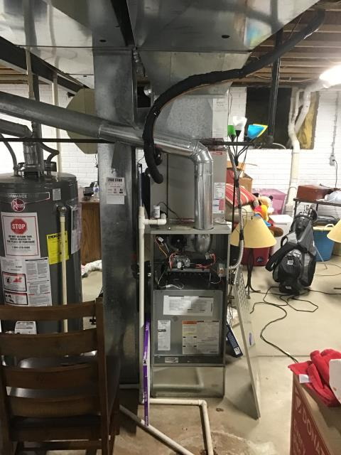 Blacklick, OH - I replaced a high limit switch on a  Carrier 80% 90,000 BTU Gas Furnace