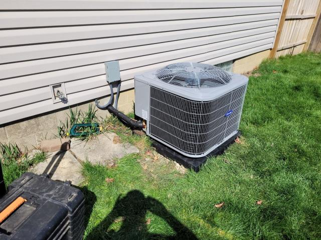 Columbus, OH - I installed a Carrier 80% 70,000 BTU Gas Furnace and a Carrier 13 SEER 3 Ton Air Conditioner. Customer is set up and ready for the cooling season.