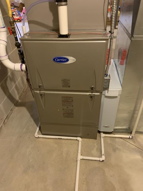 Lewis Center, OH - I installed a Carrier 96% Two-Stage 120,000 BTU Gas Furnace and a Carrier 16 SEER 5 Ton Air Conditioner. System is set and customer is ready for the cooling season.