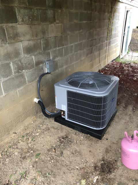 Hilliard, OH - I installed a Carrier 96% Two-Stage 60,000 BTU Gas Furnace and a Carrier up to 17 SEER 2 STAGE 2 Ton Air Conditioner. System is set and customer is ready for the cooling season.