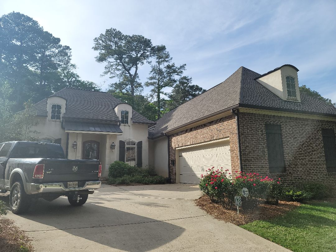 Florence, MS - Storm damage in your area? Need a new roof?  Call The local GAF contractor today for a free estimate and inspection