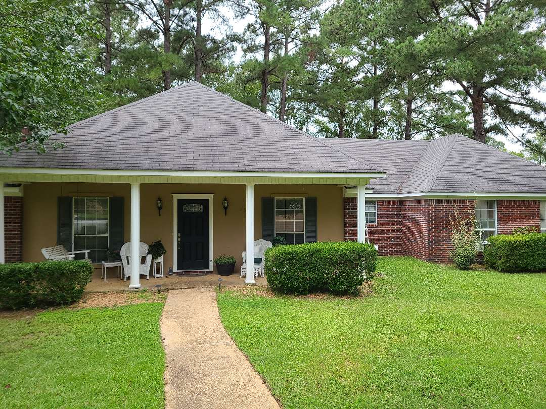 Madison, MS - Roof inspection, storm damage, pipe boots, gutters, copper, leaks, GAF