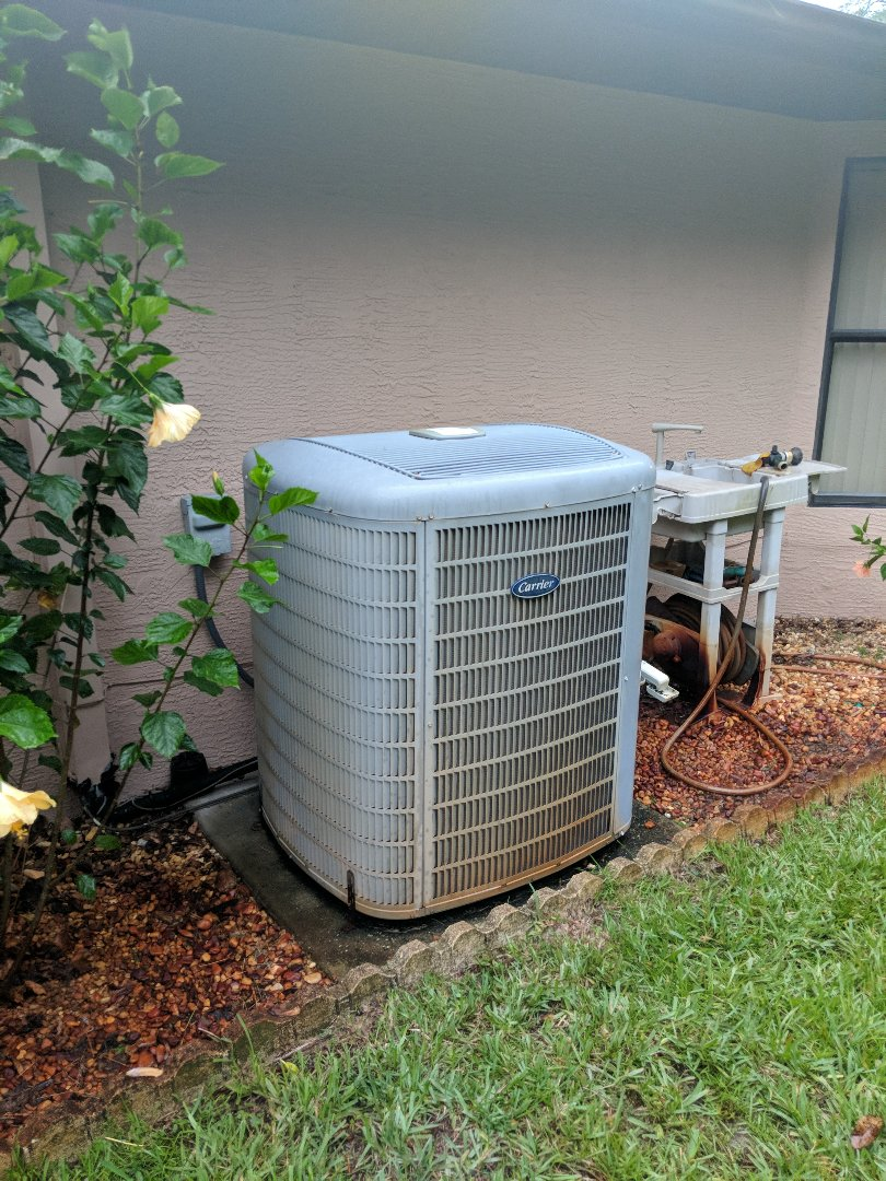 Crystal River, FL - Placed outdoor fan motor carrier 4 ton Infiniti system