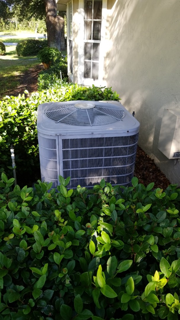 Crystal River, FL - Check up on a carrier 2.5 ton heat pump ac system