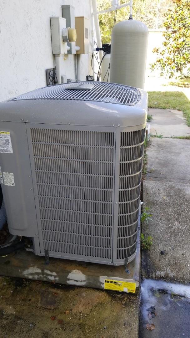 Crystal River, FL - Check up on a carrier infinity 5 ton heat pump ac system