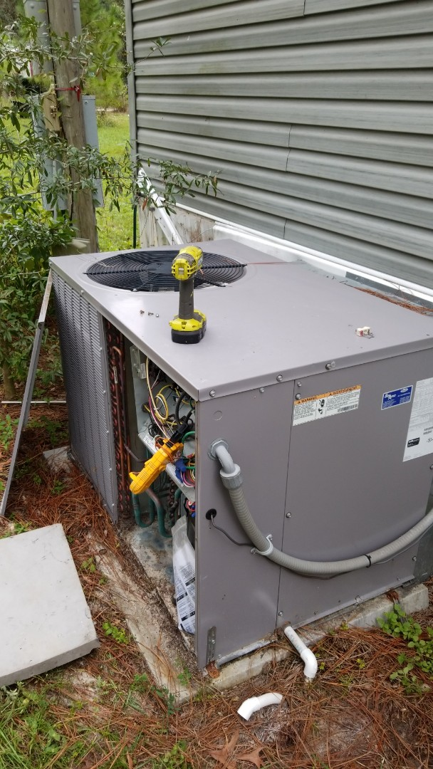 Homosassa, FL - No heat on a carrier 3.5 ton pkg unit with strip heat