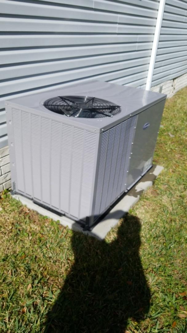 Homosassa, FL - Check up on a carrier 3ton ac pkg unit with strip heat