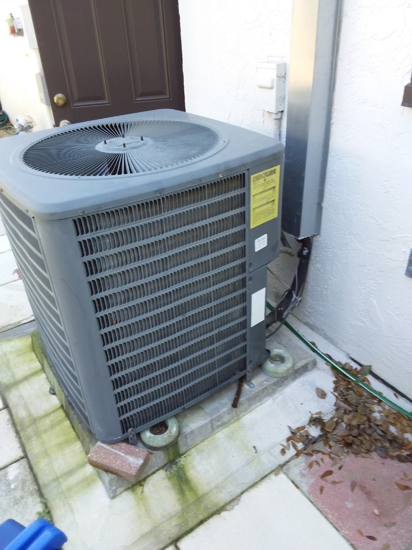 Lecanto, FL - Repair Goodman heat pump