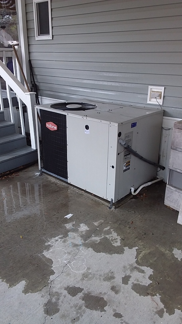 Homosassa, FL - Check up on a 4ton nutone heat pump pkg unit