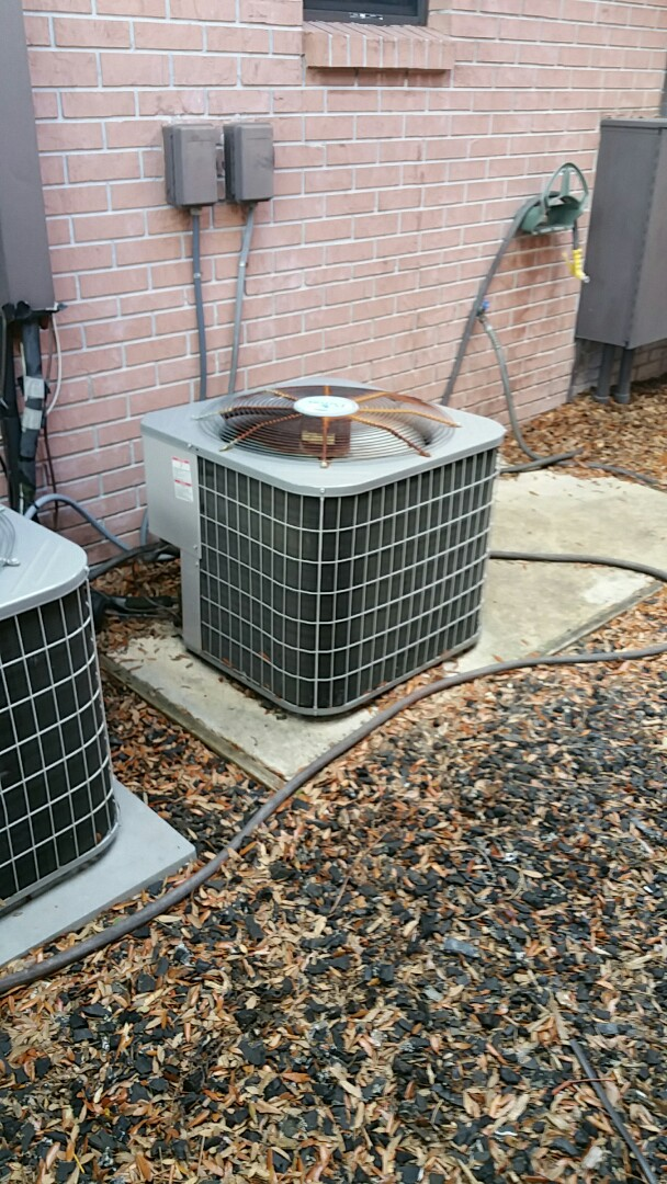 Inglis, FL - No cool on a carrier system in inglis