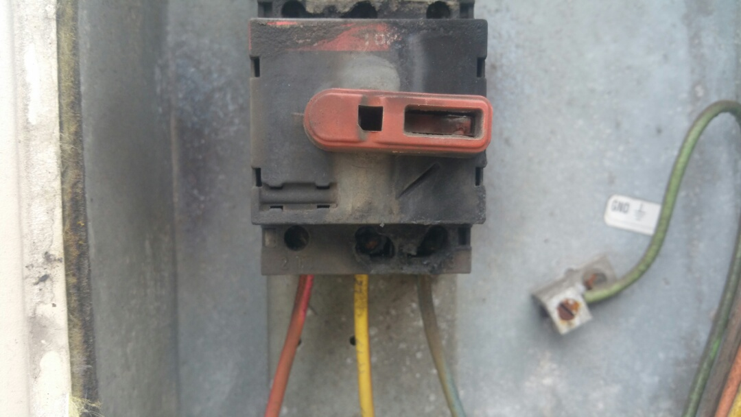 Jersey City, NJ - Diagnosing electrical short