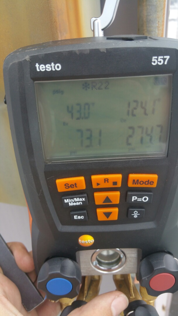 Newark, NJ - Analyzing operating pressures to determine refrigerant charge