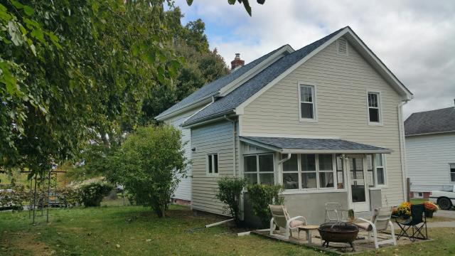 Saugerties, NY - We installed James Hardie FiberCement siding to keep our customer's home looking great!