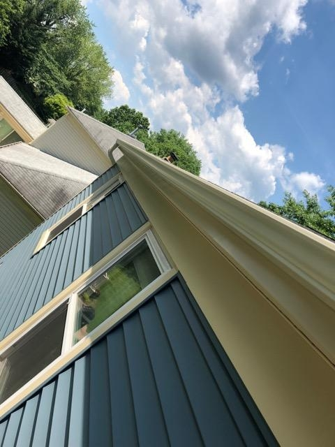 Annapolis, MD - New seamless gutters