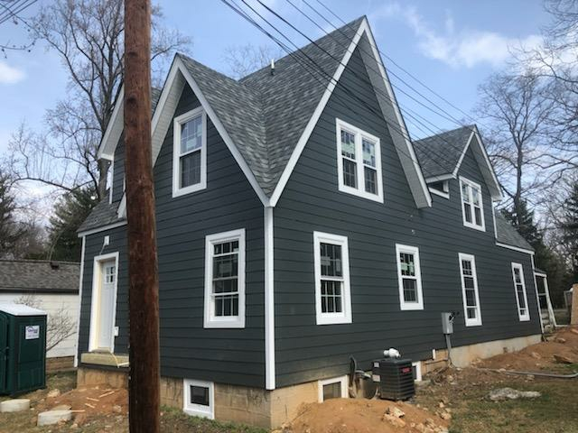 Annapolis, MD - New James Hardie fiber cement siding, certified 50 year shingle master landmark architectural shingles, and energy star qualified lifetime vinyl windows!